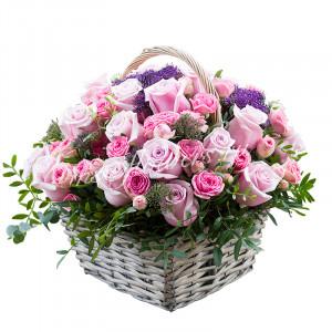 """Корзина с цветами """"Малиновая"""""""