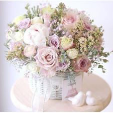 """Корзина с цветами """"Нежность"""""""