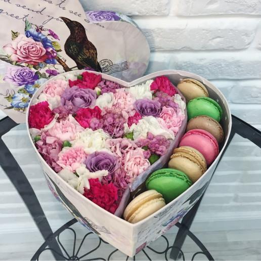 "Цветы с макарони ""Валентинка"""