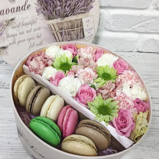 Цветы с макарони