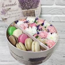 """Цветы с макарони """"Гостинец из Франции"""""""