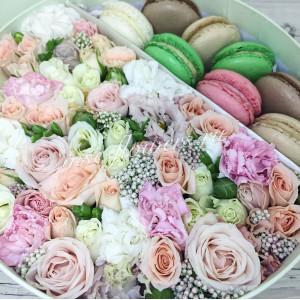 """Цветы с макарони """"Чудное мгновенье"""""""