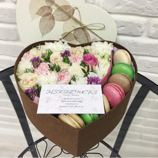 """Цветы с макарони """"Подарок любимой"""""""