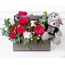"""Корзина с цветами """"Красные розы"""""""