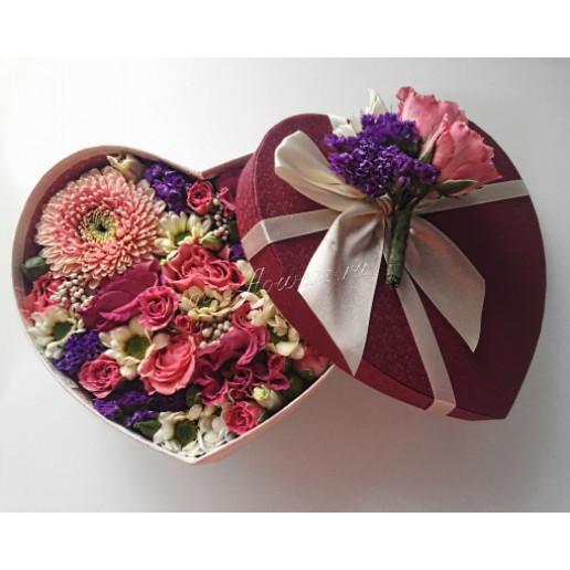 """Цветы с макарони """"Миниатюрное сердечко"""""""