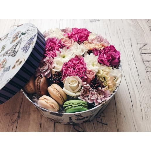 """Цветы с макарони Любимое лакомство"""""""