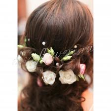 Шпильки для волос из роз и фрезий