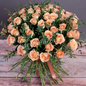 "Букет из роз ""Шерше ля Фам"""