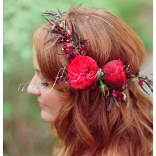Венок из пионовидной розы