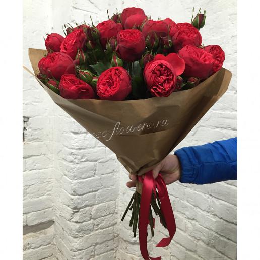 Букет из роз (сорт Ред Пиано)